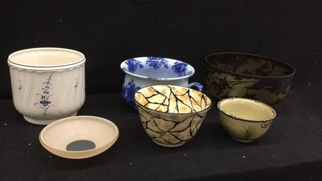 Set of 6 Decorative Art Bowls