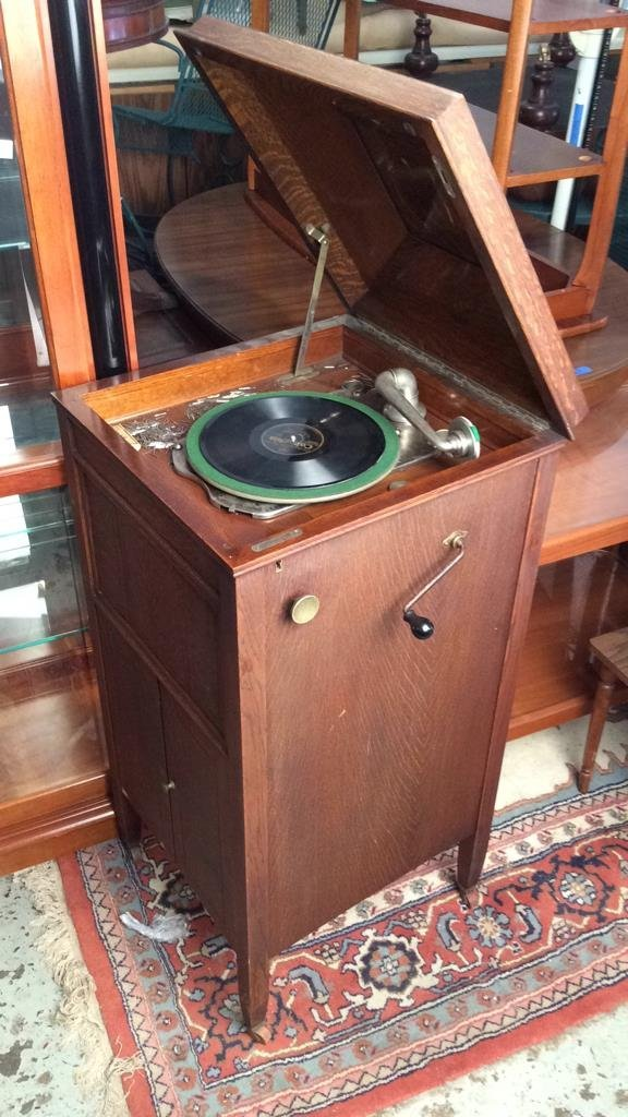 Vintage Wooden Record Player - 5