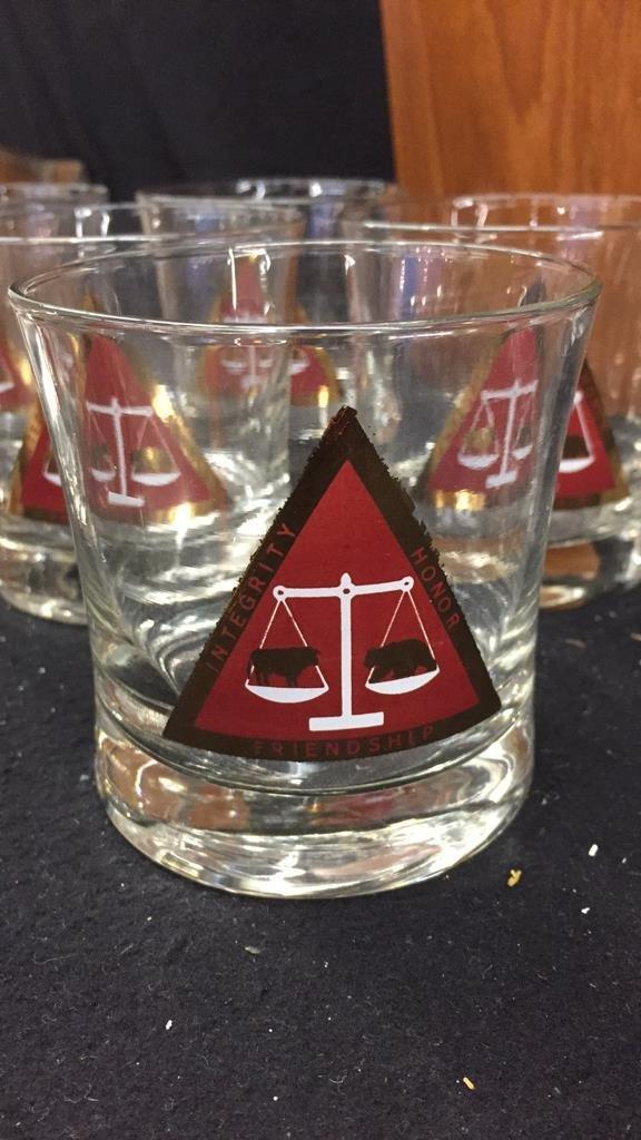 25 Piece Corporation Bond Traders Club Glass Set - 3