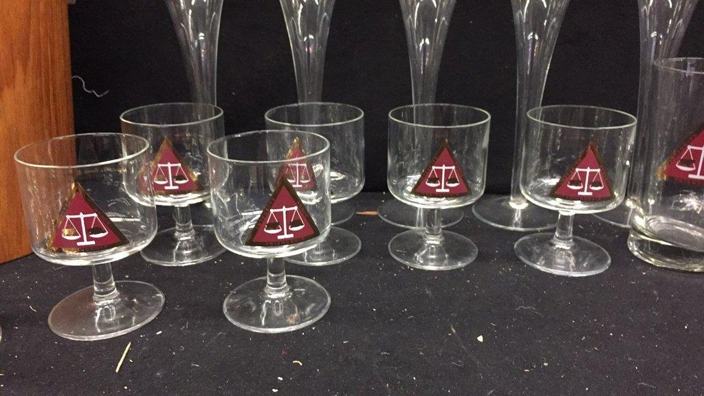 25 Piece Corporation Bond Traders Club Glass Set - 4