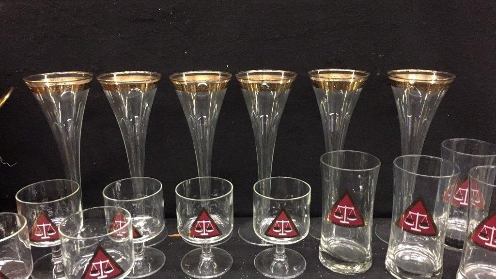 25 Piece Corporation Bond Traders Club Glass Set - 5