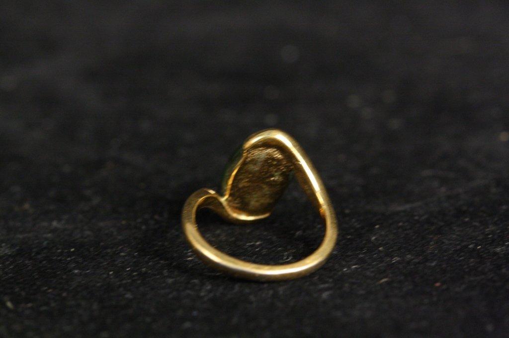 18 KT HGE Jade Stone Ring - 3