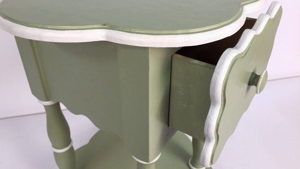 Charming Hand Painted Scalloped Edge Table - 4