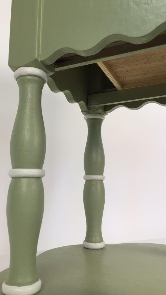 Charming Hand Painted Scalloped Edge Table - 5