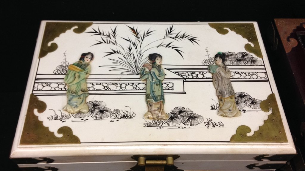 Two Vintage Asian Jewelry Boxes - 3