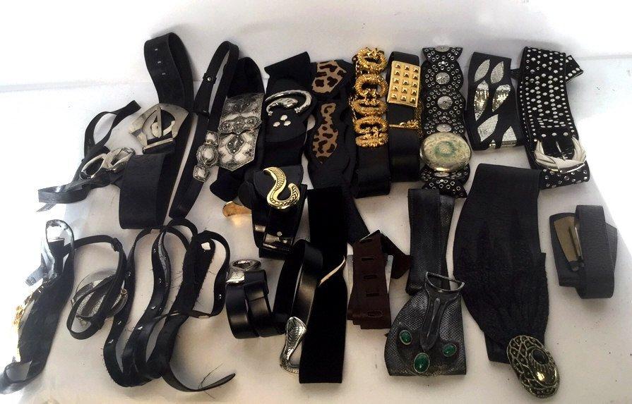 21 Piece Group Lot of Vintage Belts