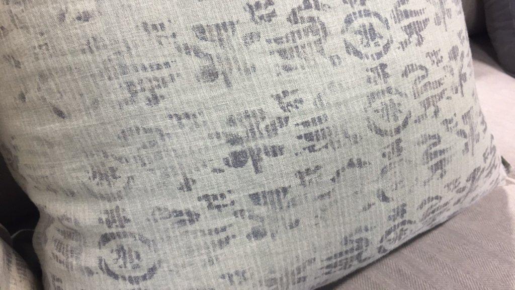 Pair Plush Decorative Throw Pillows - 2