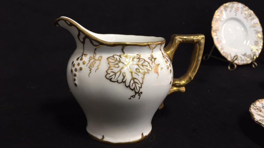 ROYAL CROWN DERBY Tea Set VINE - 7