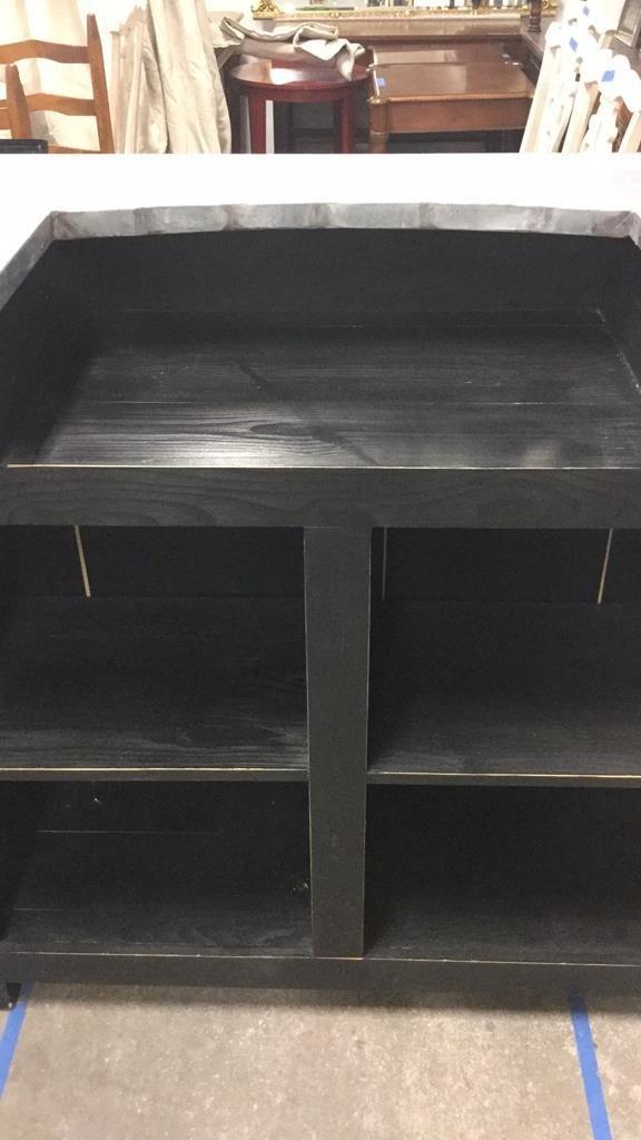 Modern Black Painted Metal Top Bar - 7