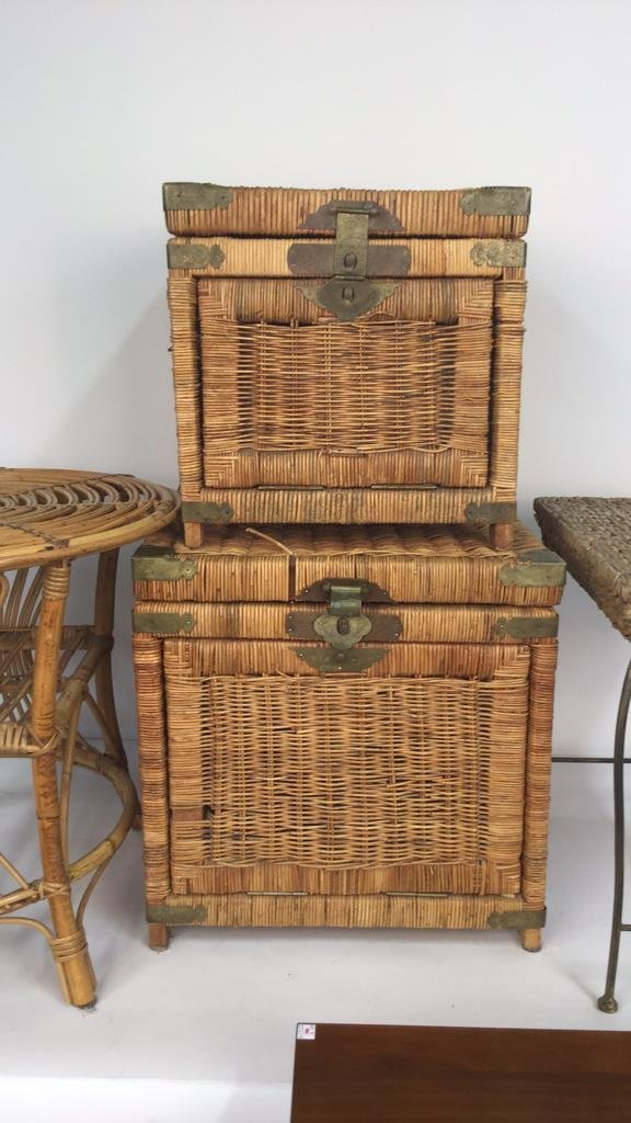 Group Lot 6 Woven Style Side Tables - 6
