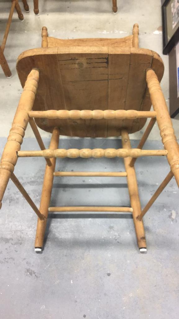 Set 4 Vintage Wood Chairs - 10