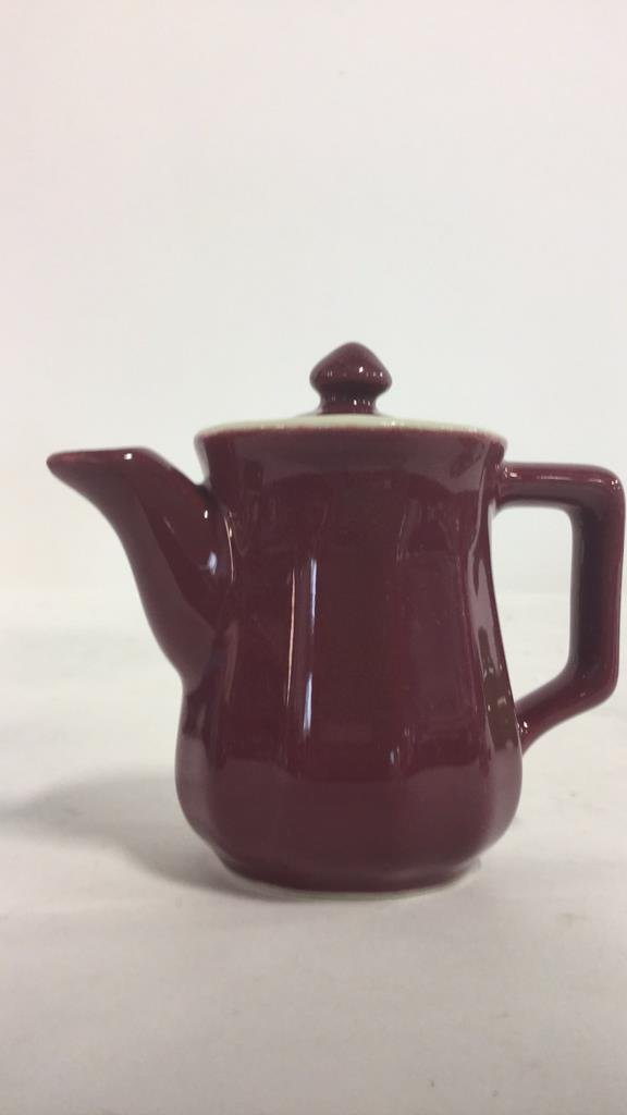 Group HALL trademarked tea pots and more - 3