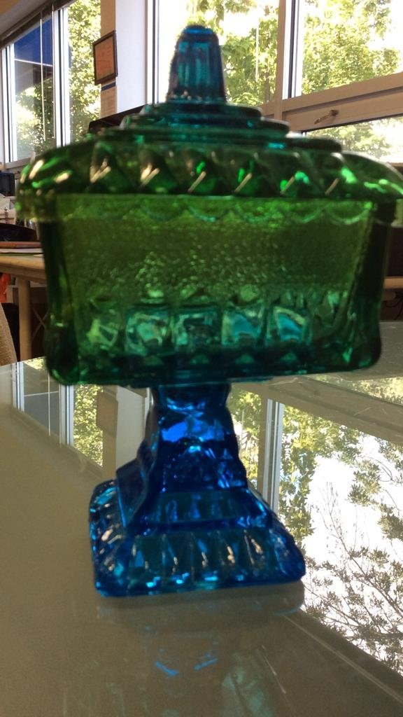 3 vintage colored glass pieces - 2