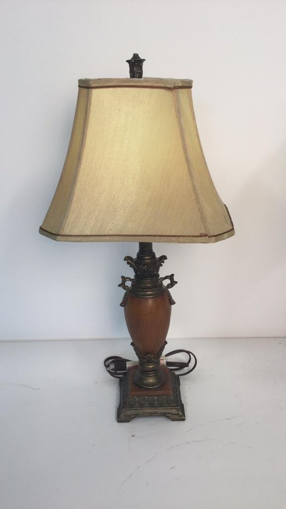 Group Lot 2 Lamps - 2