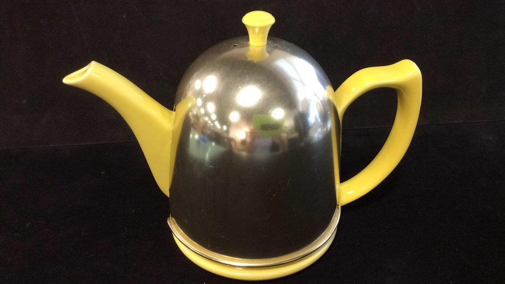Hall porcelain and metal dome shaped teapot - 3