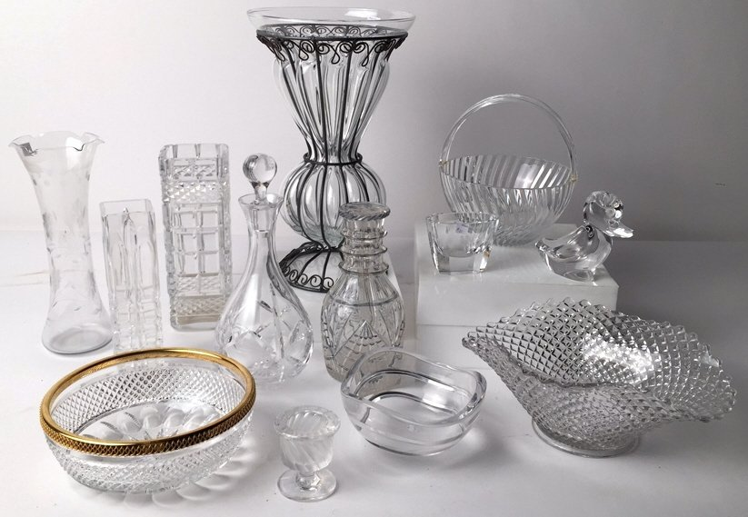 Group Lot 12 TIFFANY, LALIQUE & Misc Crystal