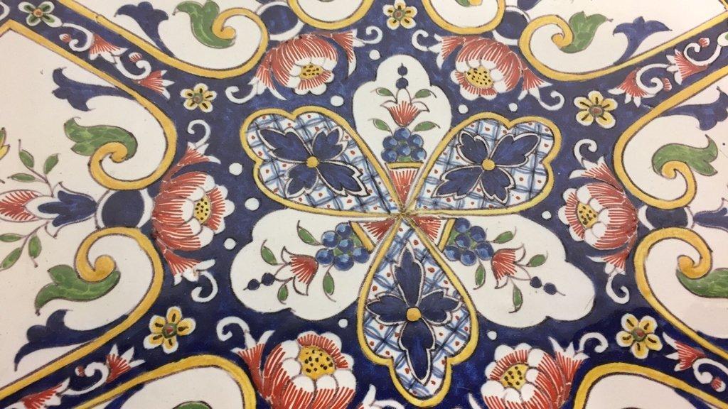 Hand Painted MAJOLICA Bowl - 6