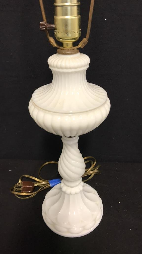 Vintage Milk Glass Twisted Table Lamp