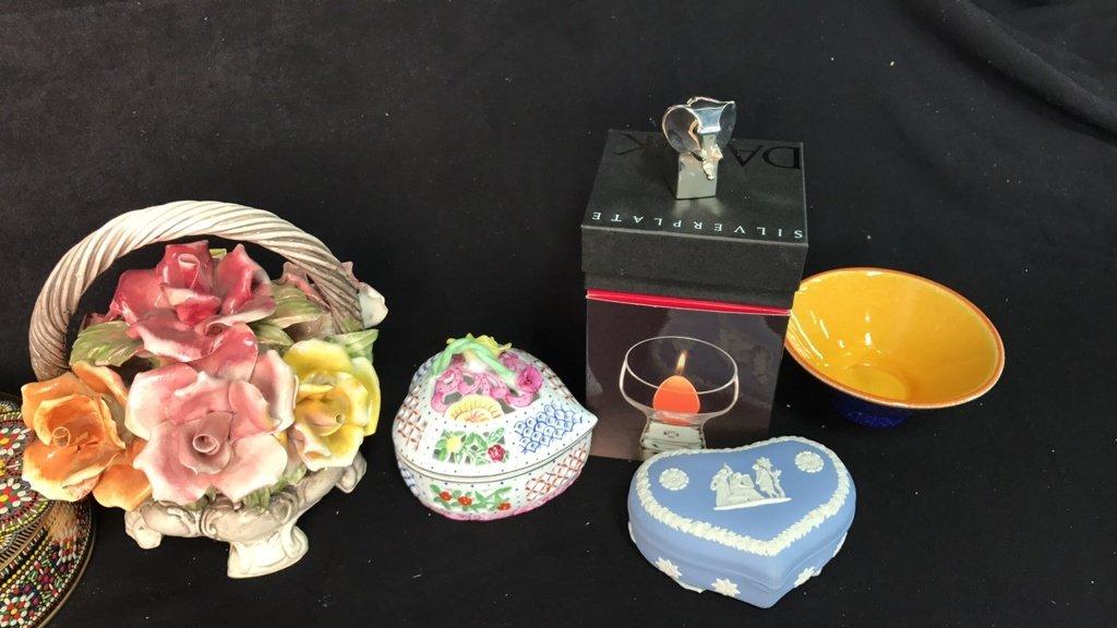 29 Piece Mini Decorative Items - 8