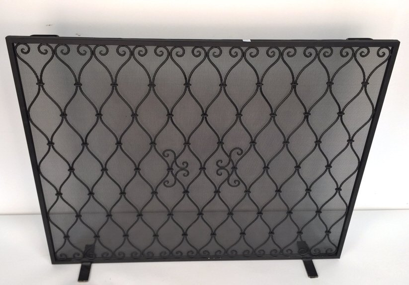 Diamond Weave Design Wrought Iron Fireplace Screen - 2