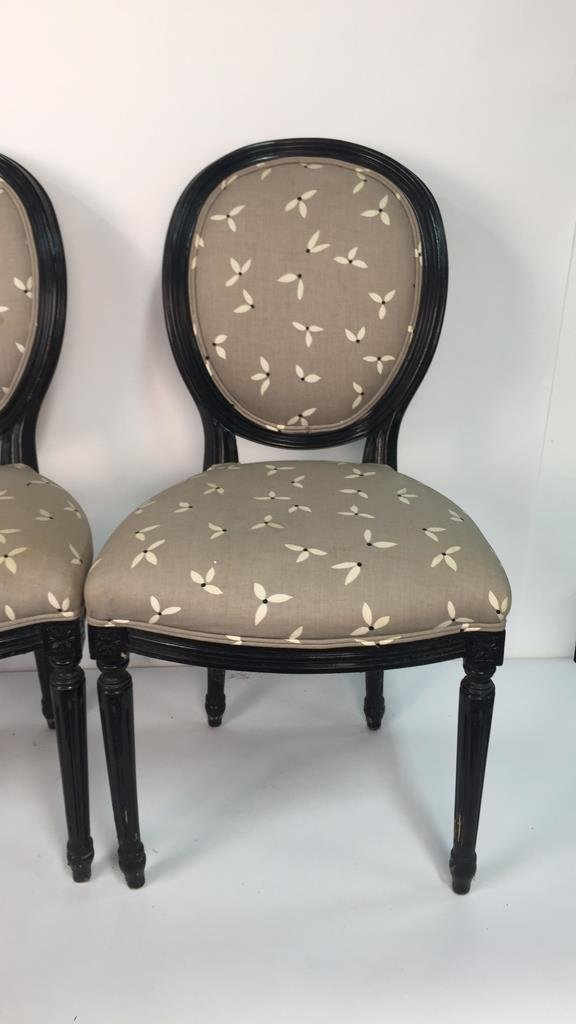 Set of 4 Upholstered Federal Oval Style Chairs - 2