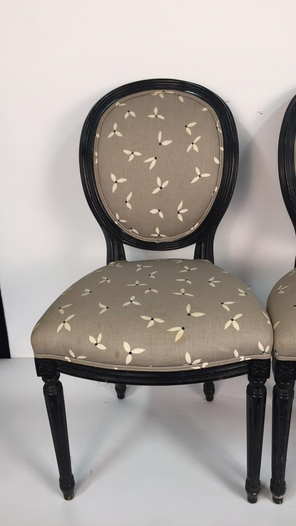 Set of 4 Upholstered Federal Oval Style Chairs - 5