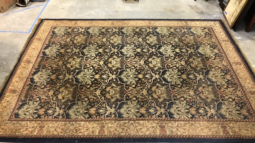 ANTIQUE TREASURES 100% Heat Set Olefin Rug