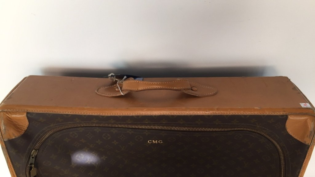 LOUIS VUITTON LV Luggage - 4