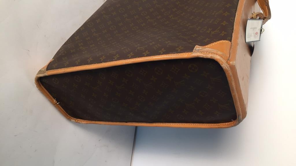 LOUIS VUITTON LV Luggage - 8