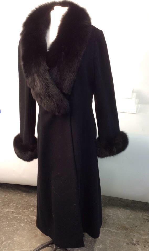 Ellie Tahari black Wool and Fox coat