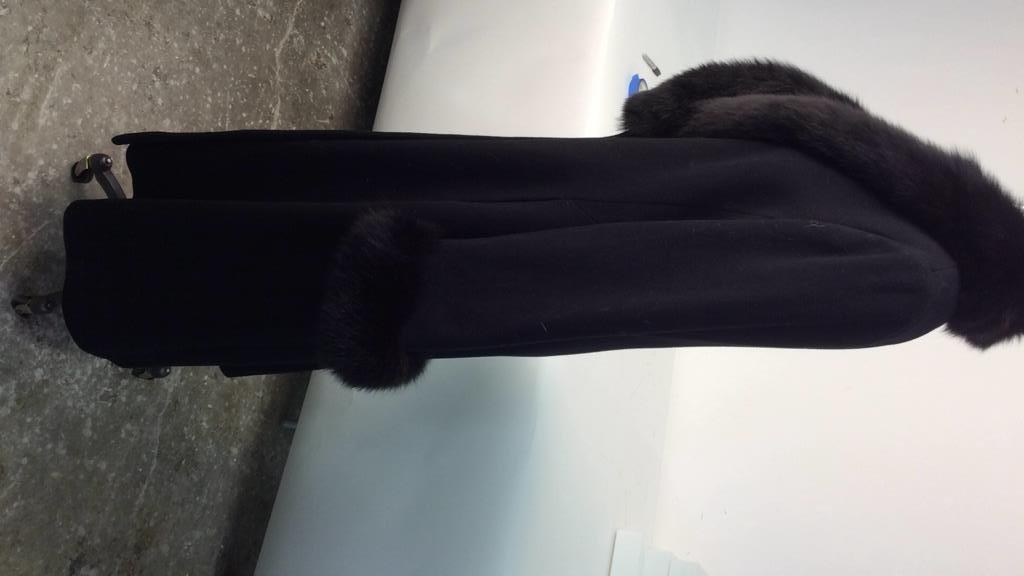Ellie Tahari black Wool and Fox coat - 4