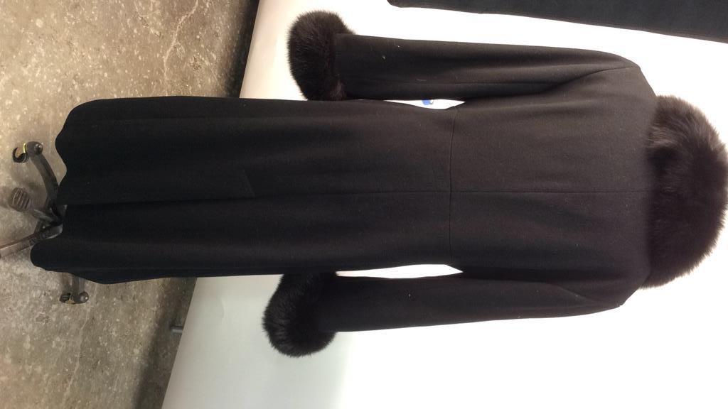 Ellie Tahari black Wool and Fox coat - 5
