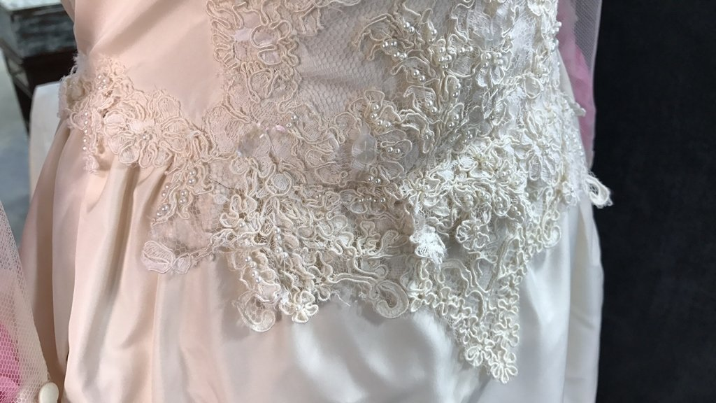 Vintage Wedding Gown Lace Pearl Accents - 4