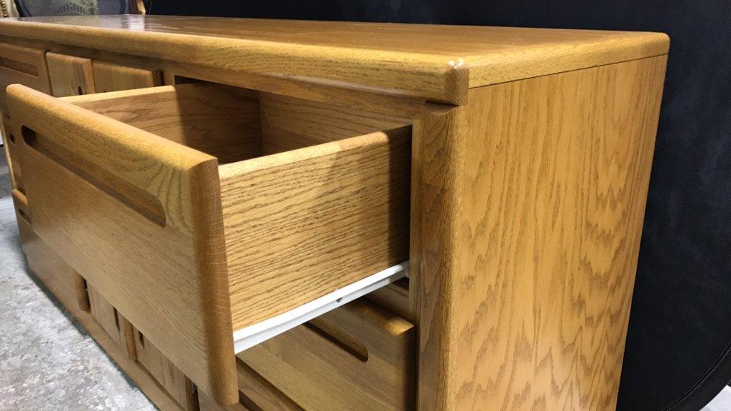 Mid Century Modern Dresser - 4