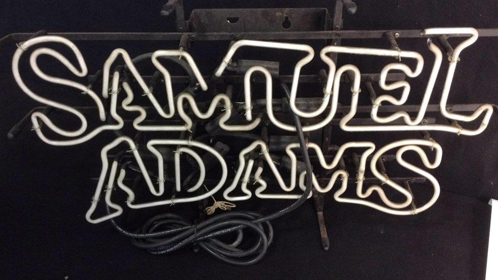 Collectible Samuel Adams Bar Light - 2