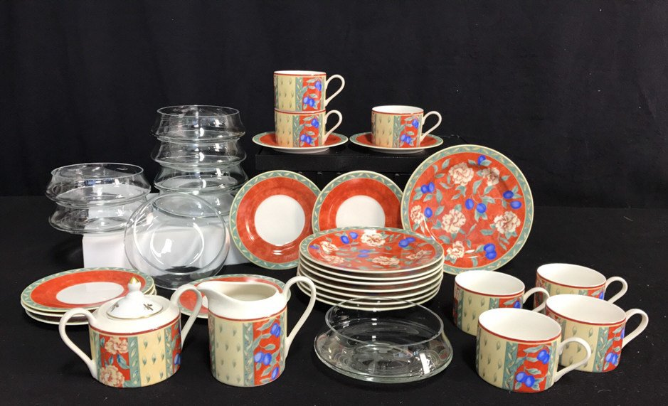 Partial Collection PTS INTERNATIONAL Porcelain