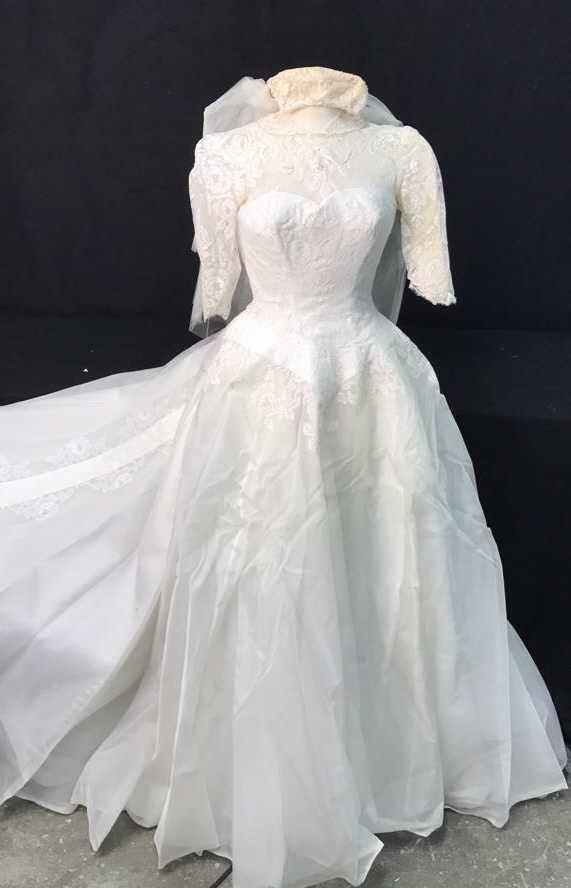 Bergdorf Goodman 1959 Bridal Gown - 10
