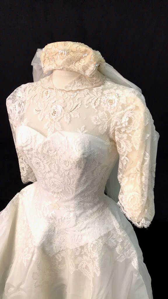 Bergdorf Goodman 1959 Bridal Gown - 2