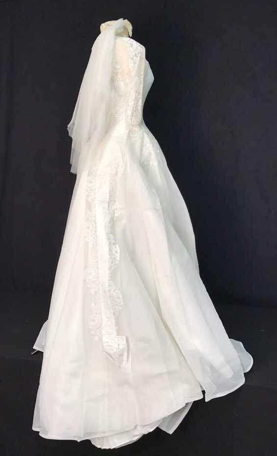 Bergdorf Goodman 1959 Bridal Gown - 4