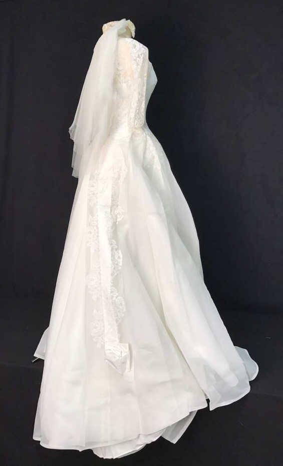Bergdorf Goodman 1959 Bridal Gown - 4