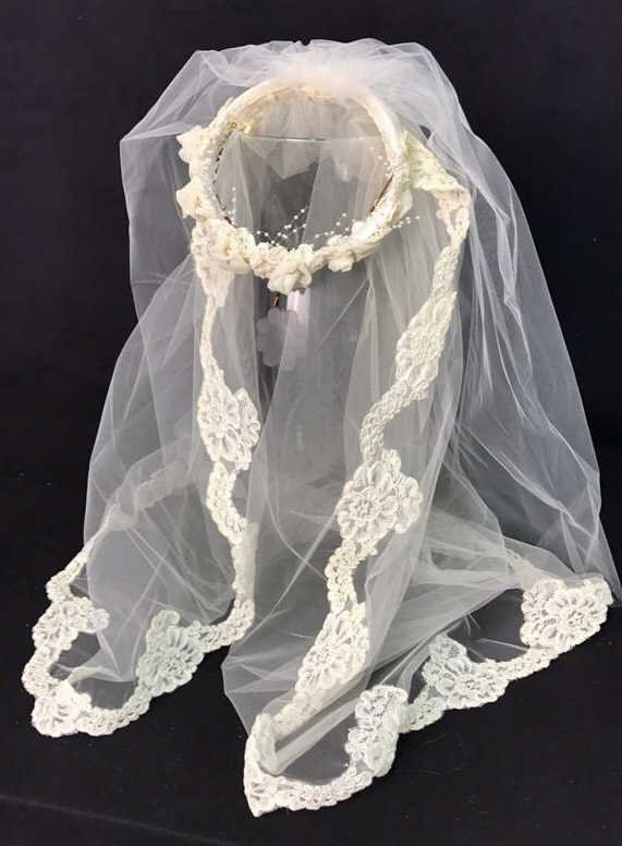 Lace Trimmed Bridal Veil Pearl Floral Band