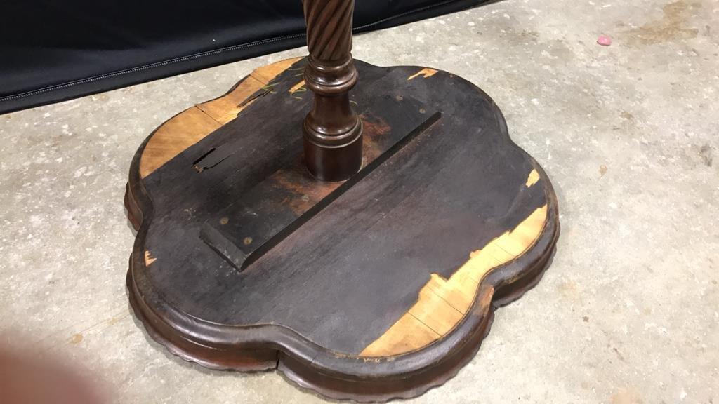Vintage Mahogany Pedestal Table - 4