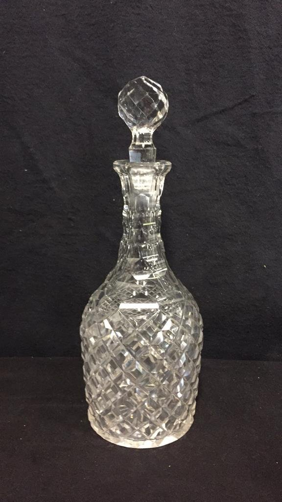 9 Piece Vintage Glass & Crystal Lot - 5