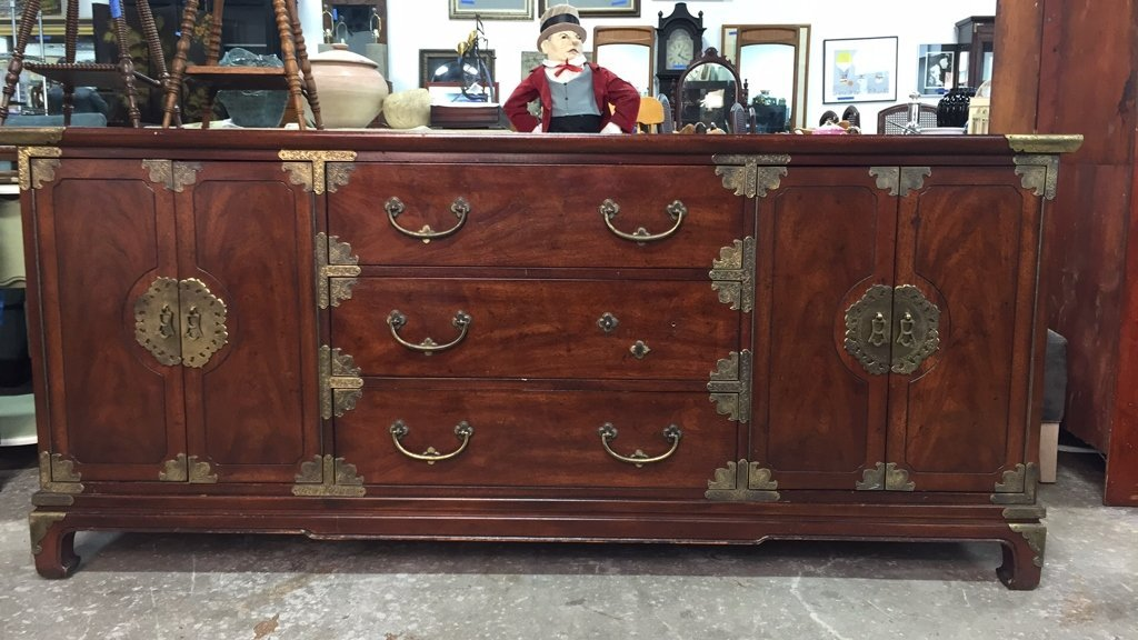 Vintage HENREDON Buffet Console Table - 9