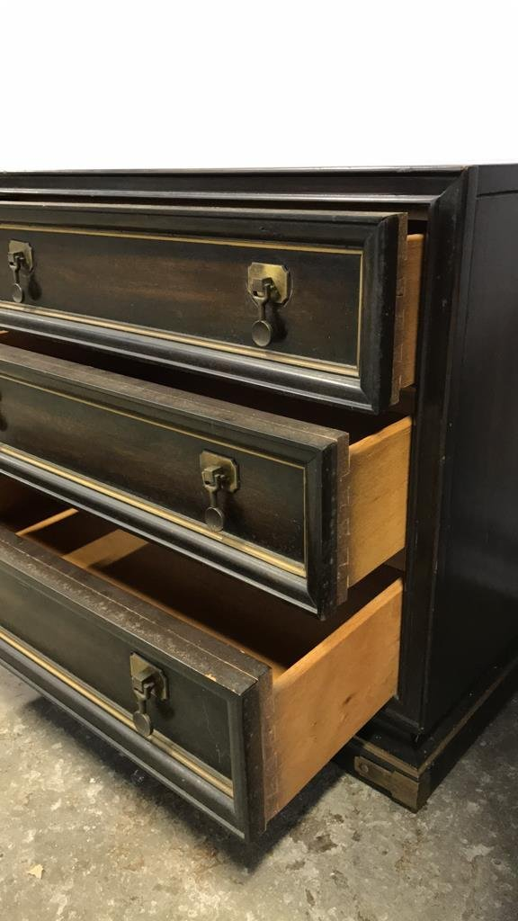 Vintage AMERICAN Mahogany Campaign Chest - 9