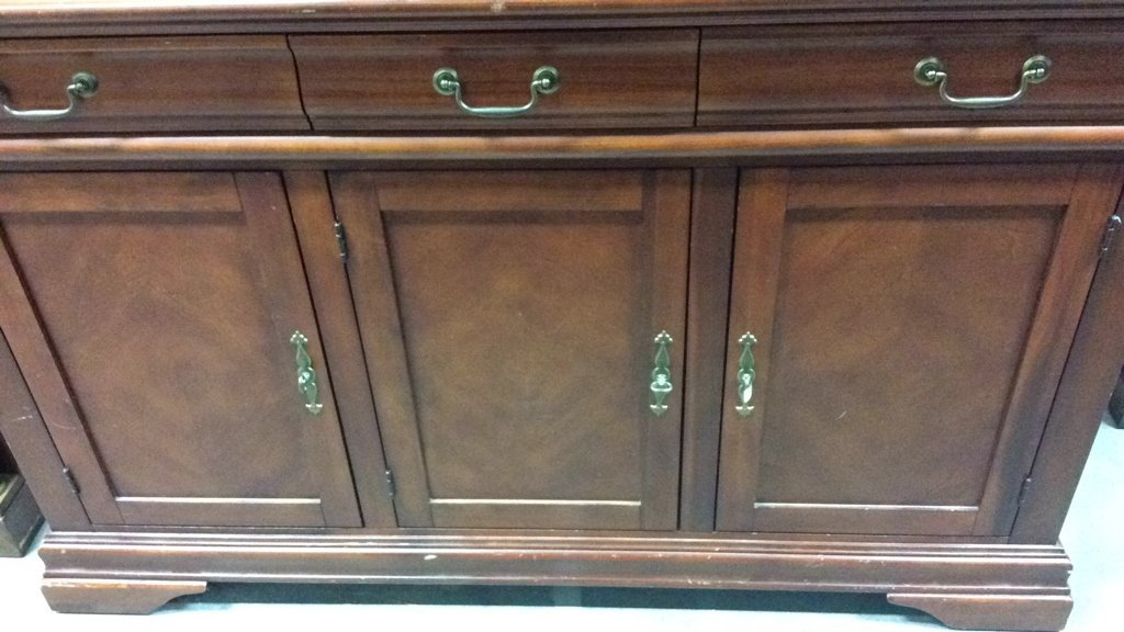 Cherrywood And Glass China Cabinet - 6