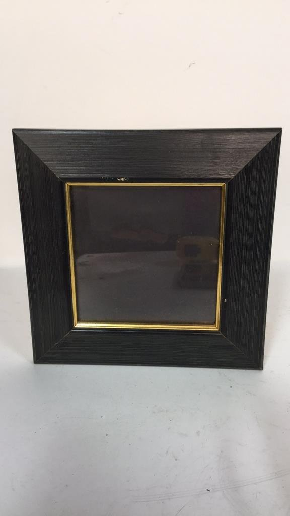 Group Lot Of Assorted Picture Frames - 4