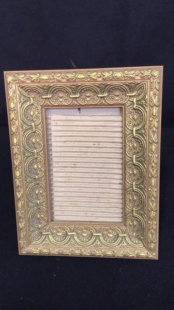 Group Lot Of Assorted Picture Frames - 6