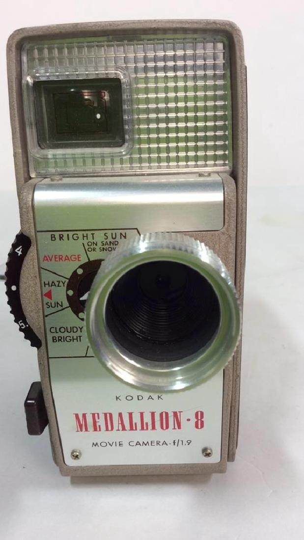 Kodak Medallion 8 Movie Camera f/1.9 - 10