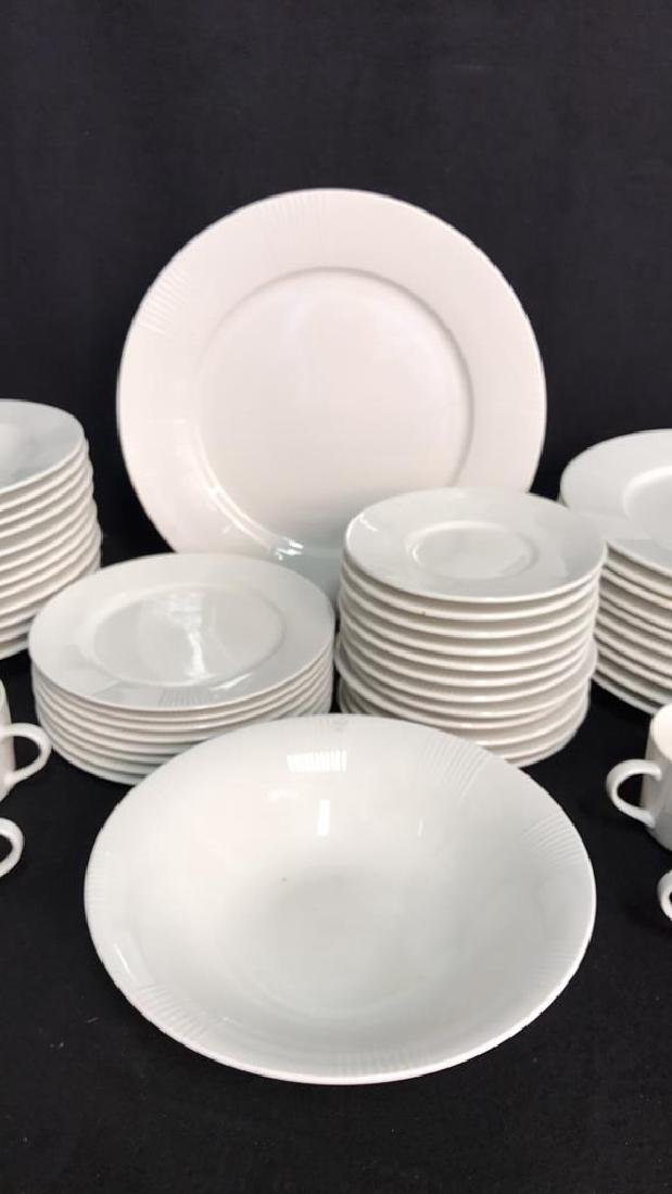 56 Piece MAJESTICWARE BY ONEIDA Set - 4